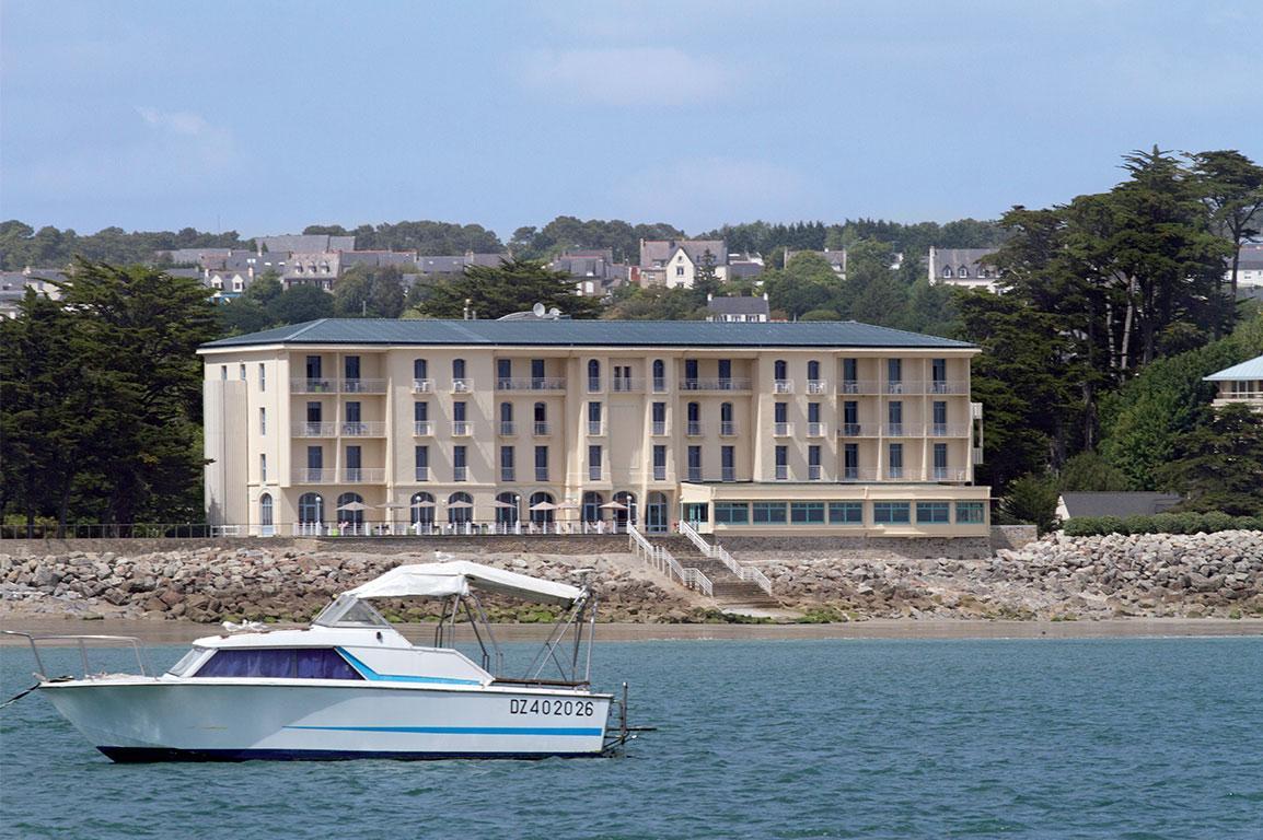 belambra grand hotel de la mer morgat accueil. Black Bedroom Furniture Sets. Home Design Ideas